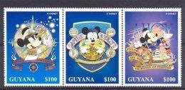 MyuA272 WALT DISNEY MICKEY NAVIGATOR TRANPSORT ZEILSCHIP SAILING SHIP MAKING A KNOT LOOKING AT STARS GUYANA 1996 PF/MNH - Disney