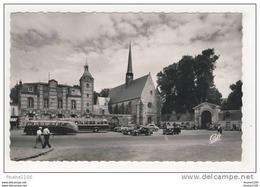 Carte De Maintenon L' église Saint Nicolas Et L' Entrée Du Château ( Autobus ) - Non Classés