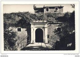 Carte De L' île D' Yeu Entrée De La Citadelle ( Où Fut Enfermé Le Maréchal Pétain ) - Ile D'Yeu