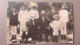 SEYCHELLES - SEYCHELLEN-INSELN - FAMILLE CRÉOLE, ANSE ROXALE - LA DAME EST PRÉSIDENTE DU ROSAIRE - RPP - Seychelles