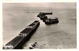 JUIN 1944 * ARROMANCHES (Calvados) PORT  WINSTON *  CAISSONS  DU  PORT  ARTIFICIEL  *  - - Weltkrieg 1939-45