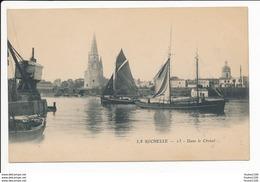 Carte Précurseur De La Rochelle  Dans Le Chenal   ( Recto Verso ) - La Rochelle
