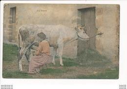 La Traite Des Vaches Vache Fermière ( Lieu à Identifier La Vie à La Campagne ? ) Offert Par Le Journal Le Petit Parisien - Paysans