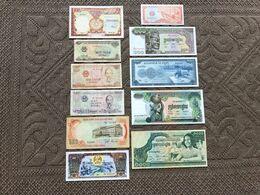 CAMBODGE, LAOS, VIET- NAM: Bon Lot De 11 Billets: 6 Neufs, 5 Qui Ont Servi (1953/1988) Neufs/ TB+ - Cambogia