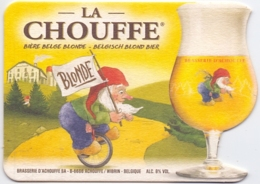 #D243-083 Viltje Achouffe (schrift Cursief) - Sous-bocks