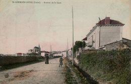 42 LOIRE - CP COLORISEE ANIMEE ST GERMAIN LAVAL - AVENUE DE LA GARE - Mme LAFAY-BASACIER EDITEUR - ECRITE 1916 - Saint Germain Laval