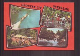 SURINAME TOERISTEN IN HET BINNENLAND VAN SURINAME - Suriname