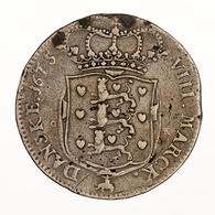 """Dänemark: 1675, """"Christian V."""" 8 Mark-Silbermünze In Schöner Bis Sehr Schöner Erhaltung Mit Einigen - Dänemark"""