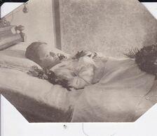 Photographie Post-mortem Comtesse Bela Berchtold  Z Uhercic 1895 1906 Fille De Léopold Bechtold Voir Descriptif Ref 1041 - Personnes Identifiées