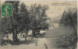 Samoens : La Place Et Le Gros Tilleul - Samoëns