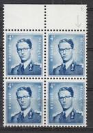 Belgique 926 ** En Bloc De 4 Avec 926-V1 Epaulette Bleue Bord De Feuille - Varietà E Curiosità