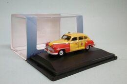 Oxford - DESOTO SUBURBAN 1946-48 Taxi San Francisco Godfather Voiture US Neuf HO 1/87 - Strassenfahrzeuge