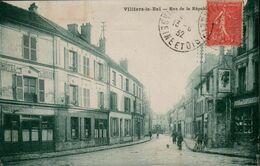 95 VAL D'OISE - CP ANIMEE VILLIERS LE BEL - RUE DE LA REPUBLIQUE - EDIT. MARLOT - CIRCULEE EN 1932 - Villiers Le Bel