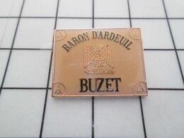 2219 Pins Pin's / Rare & Belle Qualité THEME BOISSONS / VIN BUZET BARON D'ARDEUIL Tirage Numéroté 13857 AIGLE IMPERIALE - Beverages