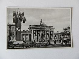 Berlin-Brandenburger Tor Im Flaggenschmuck - Weltkrieg 1939-45