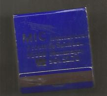 Boite D'allumettes , Pochette, MIC International,95, MONTMAGNY , 2 Scans - Matchboxes