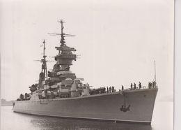 SOVIET FRIENDSHIP FLEET AT PORTSMOUTH  RUSSIAN NAVY FLAG SHIP SVERDLOV 19*15 CM - Schiffe