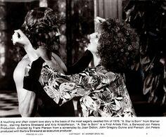 Grande Photo Originale De Promotion Une étoile Est Née - A Star Is Born 1976 - Barbra Streisand & Kris Kristofferson - Berühmtheiten