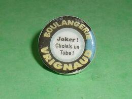 Fèves / Autres / Divers / Alimentation : Boulangerie Vrignaud , Joker , Perso , Puzzle  TB4B - Santons/Fèves