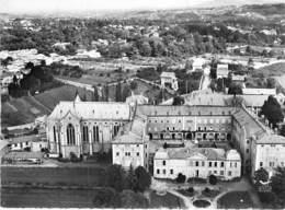 RELIGION CATHOLIQUE ( Frères MARISTES ) 69 - ST GENIS LAVAL N-D Du MONTET Vue Aérienne - CPSM Dentelée N/B GF 1969 Rhône - Kirchen Und Klöster