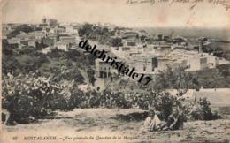 CPA MOSTAGANEM - ALGÉRIE  - Vue Générale Du Quartier De La Mosquée - Animée Personnes - écrite - Mostaganem