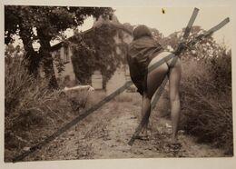 Photo Vintage V. Lavrinovich. Original. Érotique. Fille Semi-nue. L'URSS. Lettonie. 10 × 15 Centimètres - Fine Nude Art (1941-1960)