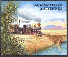 M2828 ✅ Transport Railway Trains Steam Locomotives 1997 Guinea S/s ** 7ME - Trains