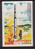 Netherlands Space Weltraum Espace: Lucifers Matchbox Label French Guayana; Kourou Rocket Diamant B Lounch Satellite - Zündholzschachteletiketten