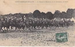 78 - ST GERMAIN EN LAYE ( Militaria ) Le Champ De Manoeuvre Le 11ème Cuirassiers : Un Défilé - CPA - Yvelines - Regimente