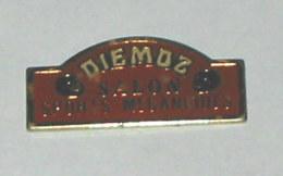 Pin's SALON DES SPORTS MECANIQUES DE DIEMOZ - Pin