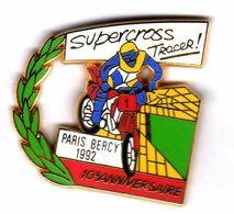 Pin's Moto Super Cross Tracer  Paris Berçy 92  Zamac AMC - Motorräder