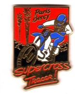 Pin's Moto Super Cross Tracer  Paris Berçy  Zamac - Motorräder