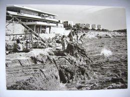 Yugoslavia - Croatia - Zlatne Stijene Near Pula - Beach, Slide, Restaurant And Hotel - Ca 1960s Unused - Jugoslawien