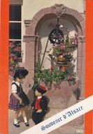 QG - Folklore Des Enfants - Souvenir D'Alsace - Conversation Devant Le Puits - Trachten & Folklore