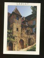 Sarlat La Caneda (24) : Dans La Rue Montaigne - Sarlat La Caneda