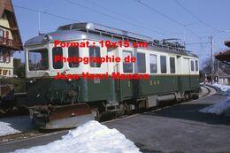 Reproduction D'unePhotographie D'une Vue D'un Train BAM Bière-Apples-L'Isle-Morges En Suisse En 1968 - Reproducciones