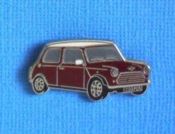 1 PIN'S //  ** AUSTIN MINI COOPER / 1970 ** (ATC) - Pin