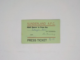 Cx13 B) Football SUNDERLAND A.F.C - SPORTING CLUB PORTUGAL (2-1) Admit Bearer To Press Box 24 Oct 1973 7x11,5cm - Soccer