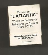 Boite D'allumettes , Pochette, Restaurant L'ATLANTIC , 37 , TOURS , MARLBORO ,  2 Scans - Matchboxes