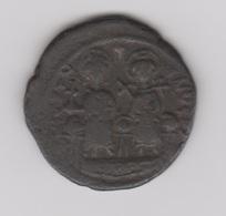 FOLLIS JUSTIN II ET SOPHIE (565-578) - CYZIQUE - Byzantinische Münzen