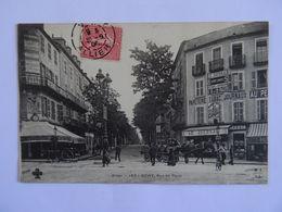 CPA 03  VICHY Rue De Paris Belle Animations 1906 Papeterie Tabac Journaux Le Journal TBE - Vichy