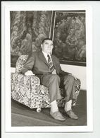 Sitting Man  Ds538-376 - Anonymous Persons