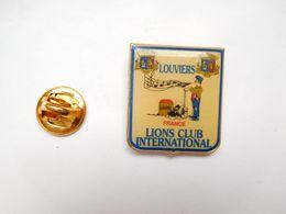 Beau Pin's , Lions Club International  De Louviers , Musique , Blason , Eure - Verenigingen