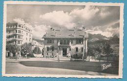 La Haute-Provence - BARCELONNETTE - Hôtel De Ville - Citroen Traction Auto - Circulé 1950 - Barcelonnette