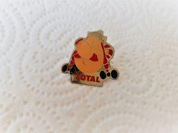 PINS  BD ASTERIX OBELIX TOTAL / Base Argentée Signé UDERZO  1992 / 33NAT - Fumetti