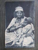 CPA -  FEMME ARABE ET SON ENFANT - Femmes