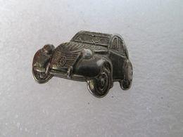 PIN'S   CITROEN   2 CV   RELIEF - Citroën