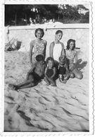 """PHOTO - ARCACHON -  Le Moulleau - Les Enfants Sur La Plage """"- Ft 9 X 6,5 Cm - Lieux"""