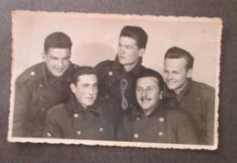 YOUNG SOLDIERS JEUNES SOLDATS, ORIGINAL PHOTO - Personnes Anonymes