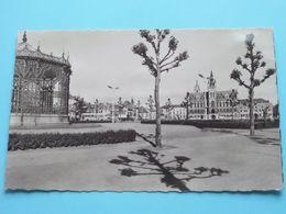 Markt En Stadhuis ( Radar ) Anno 19?? ( Zie / Voir Foto ) ! - Sint-Niklaas